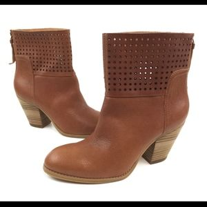 Nine West Hippychic 8.5M Brown Ankle Boots Booties